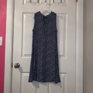A floral straight dress